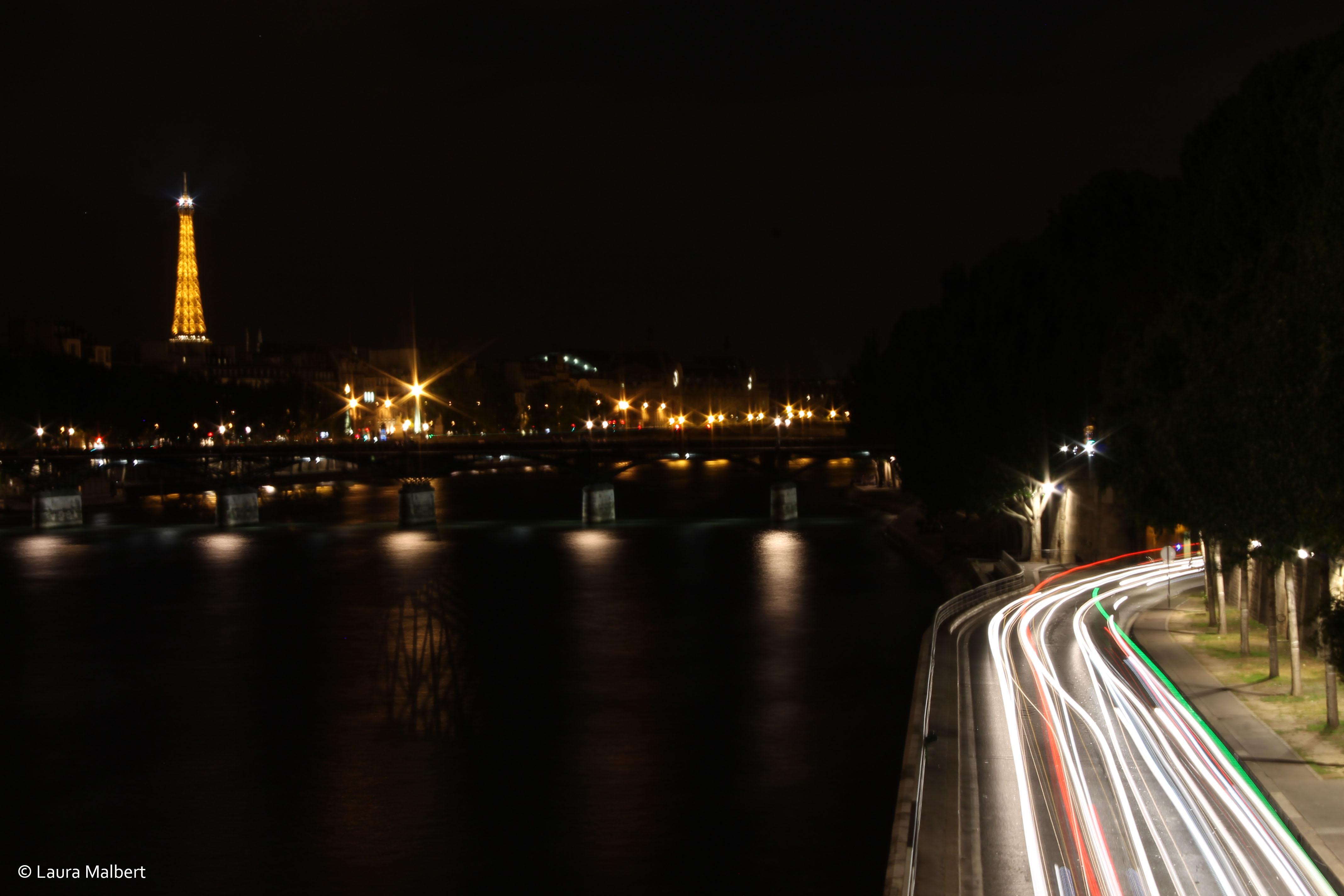 Comment réussir vos photos de nuit ? Matériel, réglages et light painting