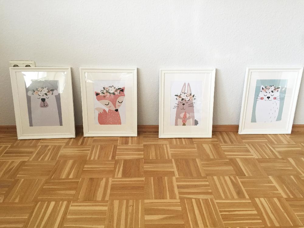 Exemple photo d'une cliente représentant une série de photos encadrées pour la déco d'une chambre d'enfant - @myposter / Anne- Catrin